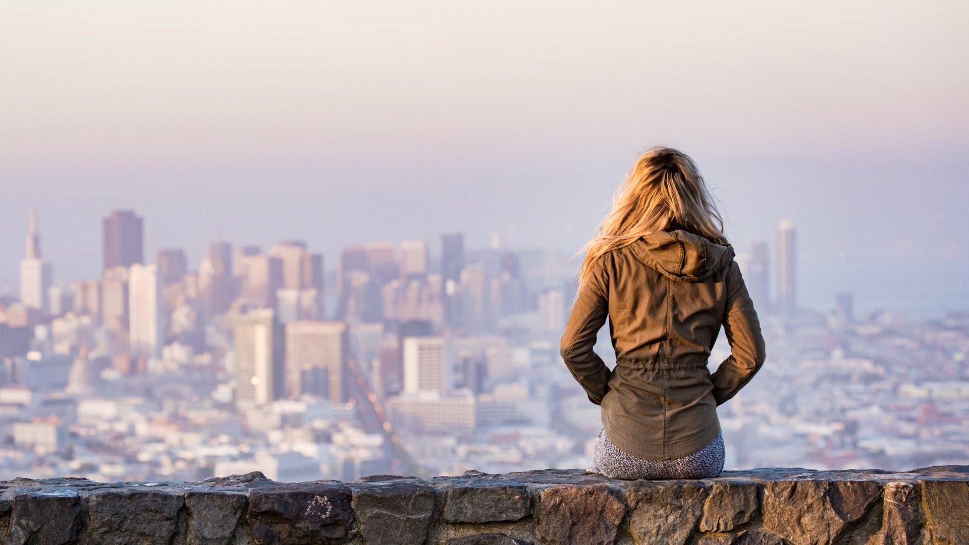 Los 6 mejores destinos para mujeres que viajan solas