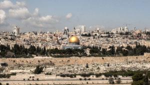 Los 5 destinos imperdibles en Israel: historia, religión, mar y desierto
