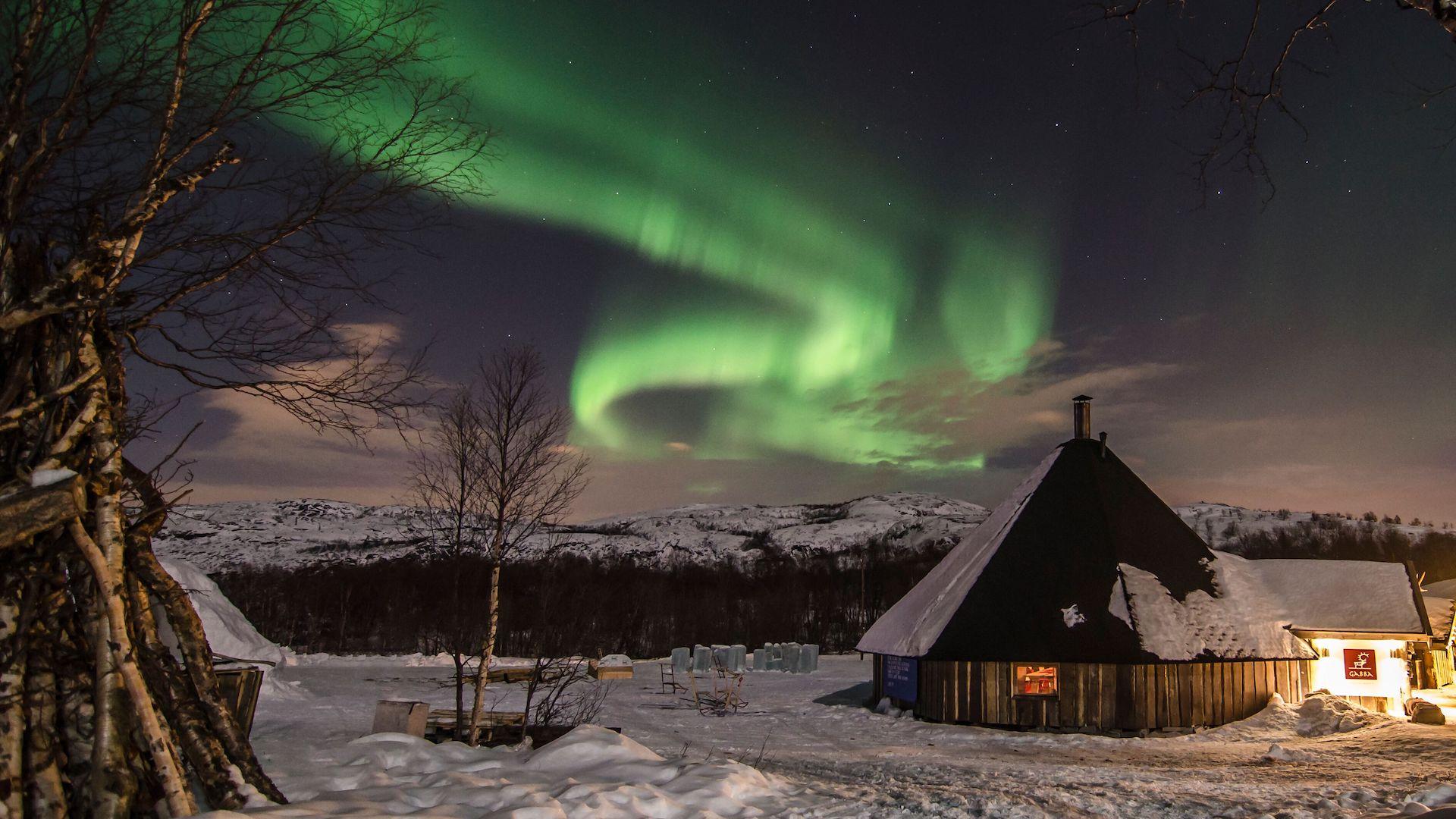 Tres trenes para ver las auroras boreales en 2019 y 2020