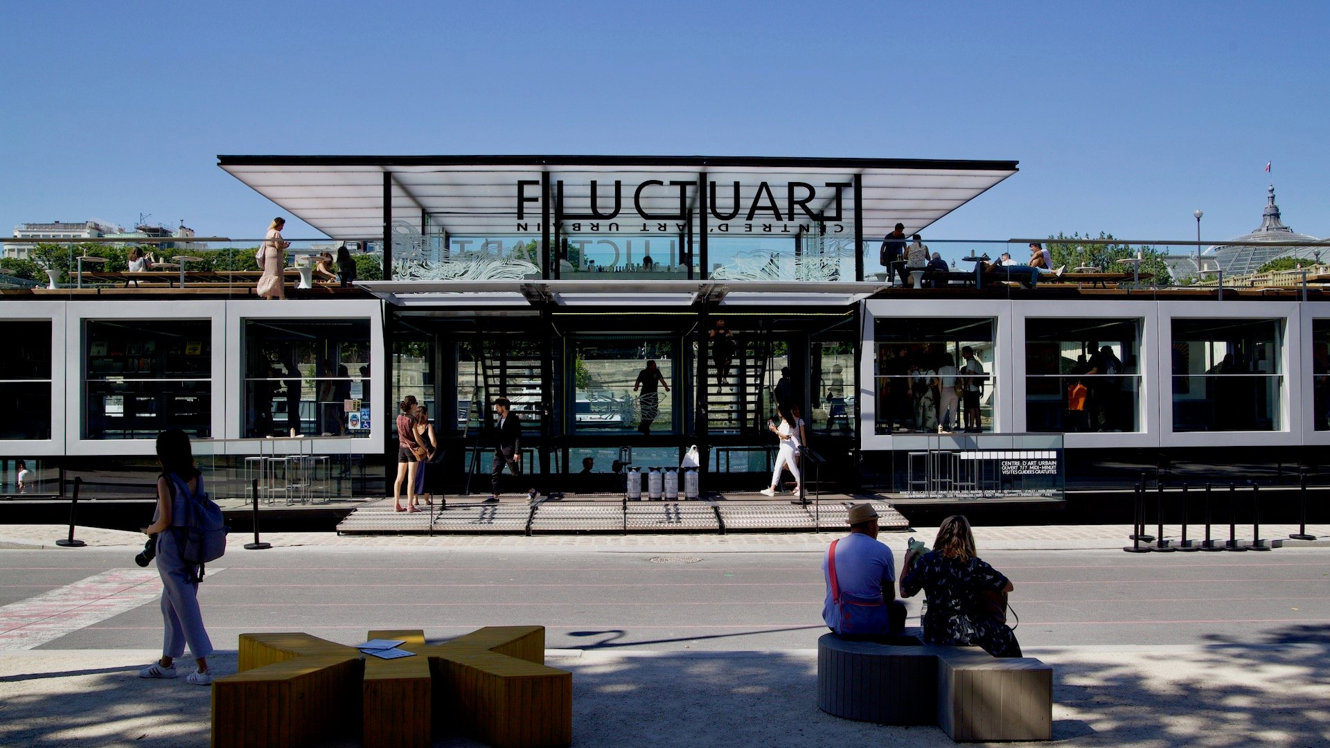 Abrió Fluctuart París: el primer museo flotante del mundo