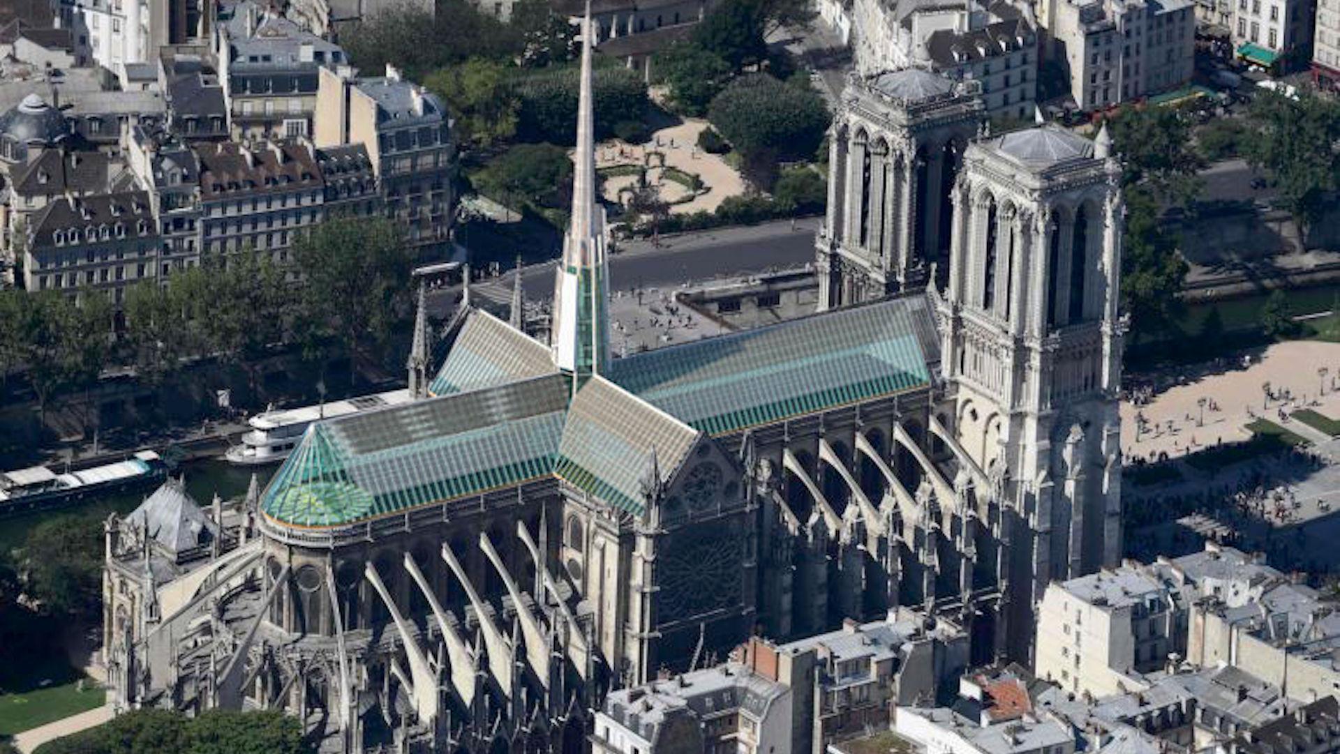 Un arquitecto venezolano ganó un concurso para reconstruir Notre Dame