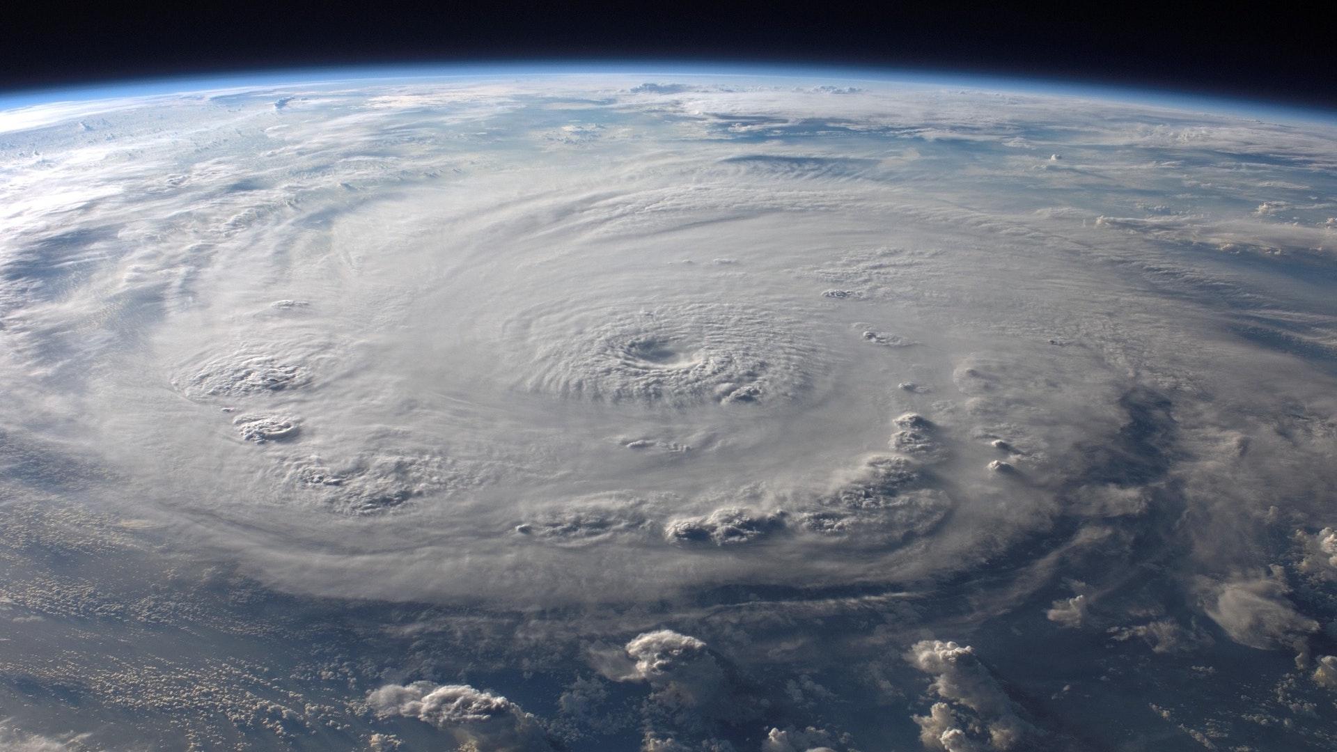 ¿Cómo se forman los huracanes? ¿Cuáles son sus categorías?