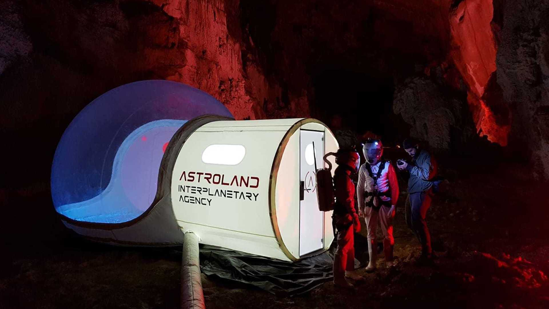 Lanzan excursión para experimentar la vida en Marte en la Tierra