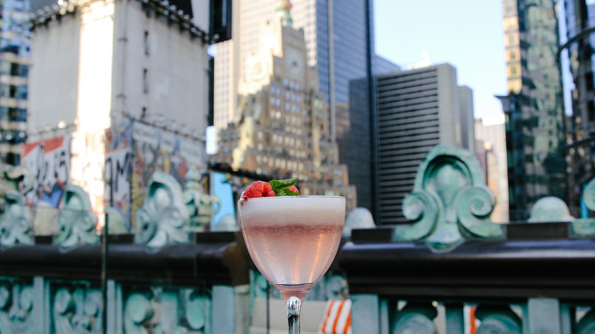 REVIEW The Knickerbocker Hotel: uno de los mejores rooftop de New York