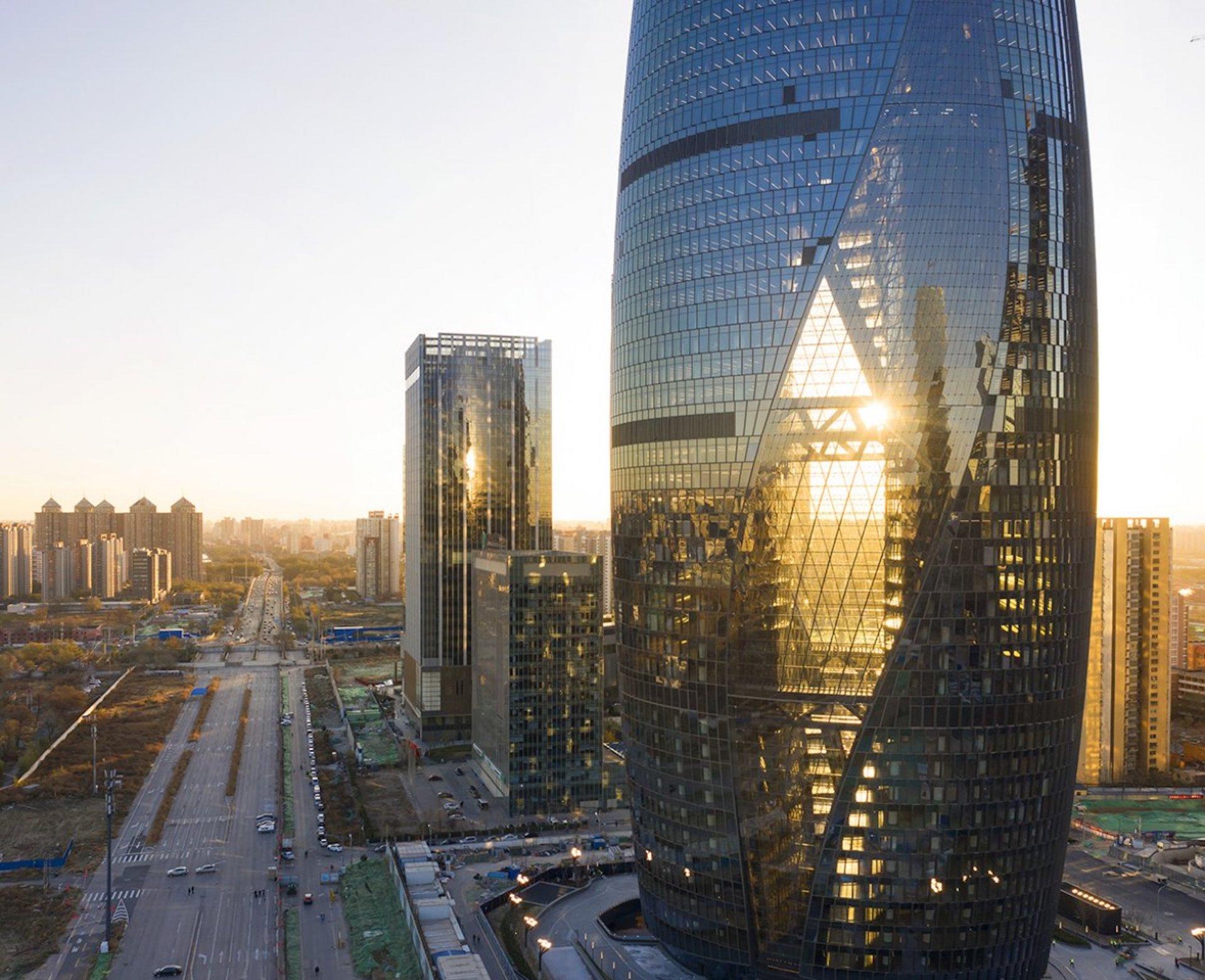 El rascacielos con el atrio más alto del mundo: Leeza Soho Tower