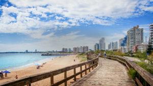 10 consejos para ahorrar en un viaje a Uruguay