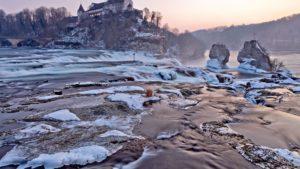 Así son las Cataratas del Rin en Suiza: el salto de agua más grande de Europa