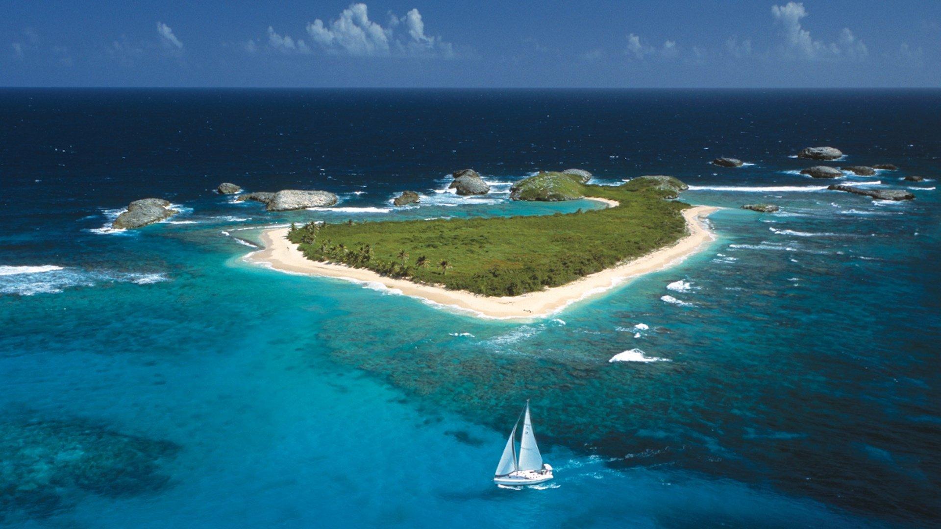 ¿Qué hacer en un viaje por Puerto Rico?: playas, naturaleza e historia