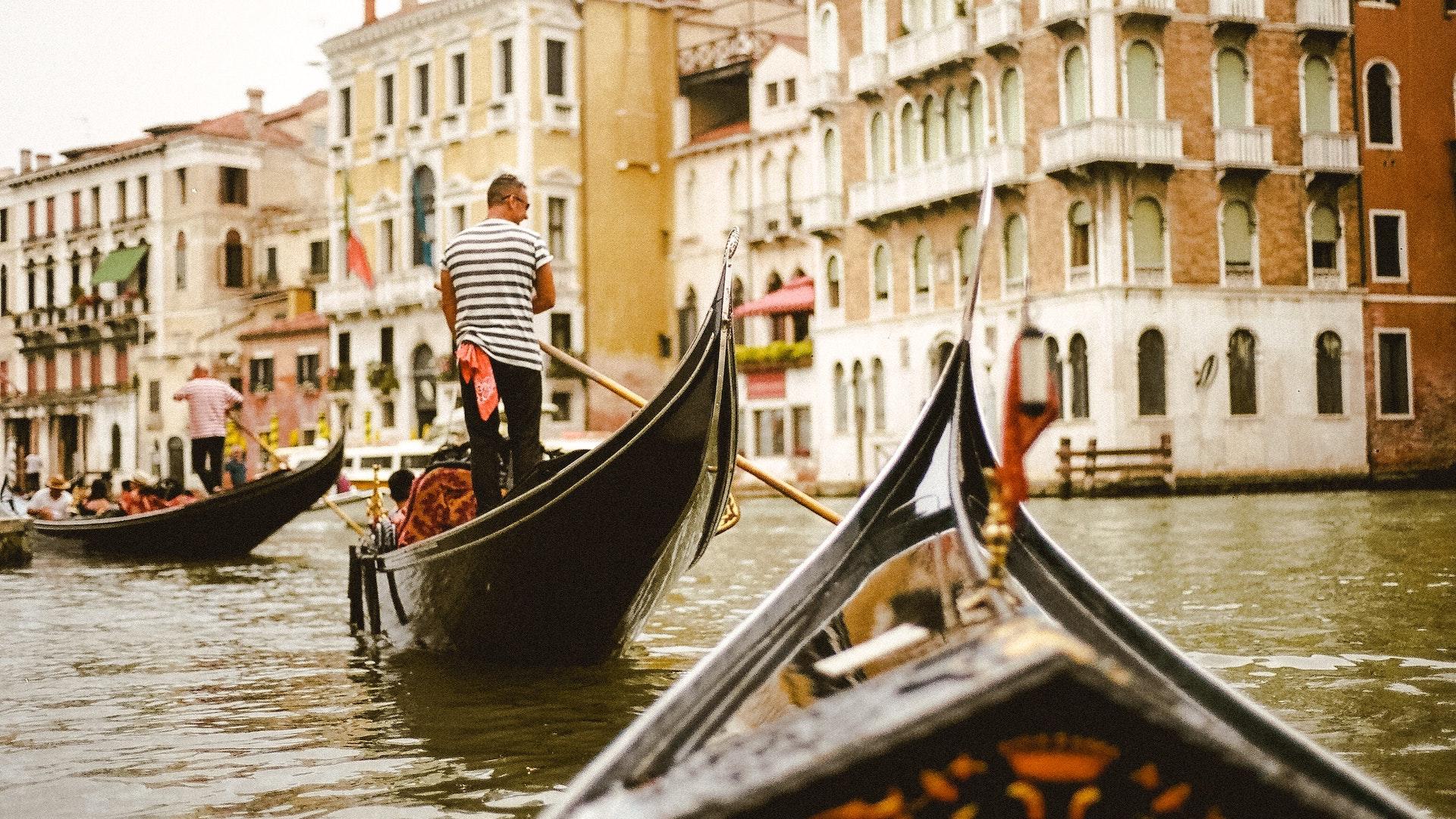 ¿Es seguro viajar a Italia tras el brote de coronavirus?