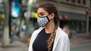 Cómo usar las máscaras faciales (barbijos) para evitar el COVID-19