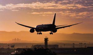 La aerolínea LATAM vuelve a volar en Brasil y Chile