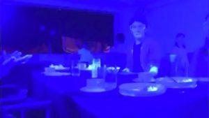 El video que muestra cómo se transmite el coronavirus en un restaurante