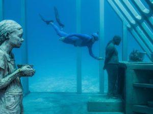 Este es el fantástico Museo de Arte Submarino en Australia: MOUA