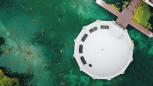 Anthenea: las originales y ecológicas habitaciones flotantes de hotel