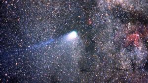 ¿Cuándo vuelve a pasar el cometa Halley por la Tierra?