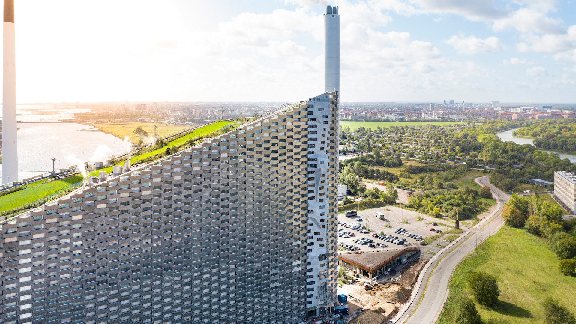 Este es el muro para escalar más alto del mundo: CopenHill Urban