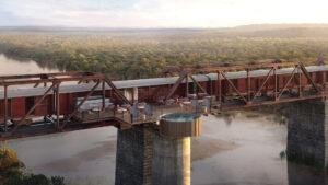Kruger Shalati: así es el hotel de lujo construido en un tren en un puente