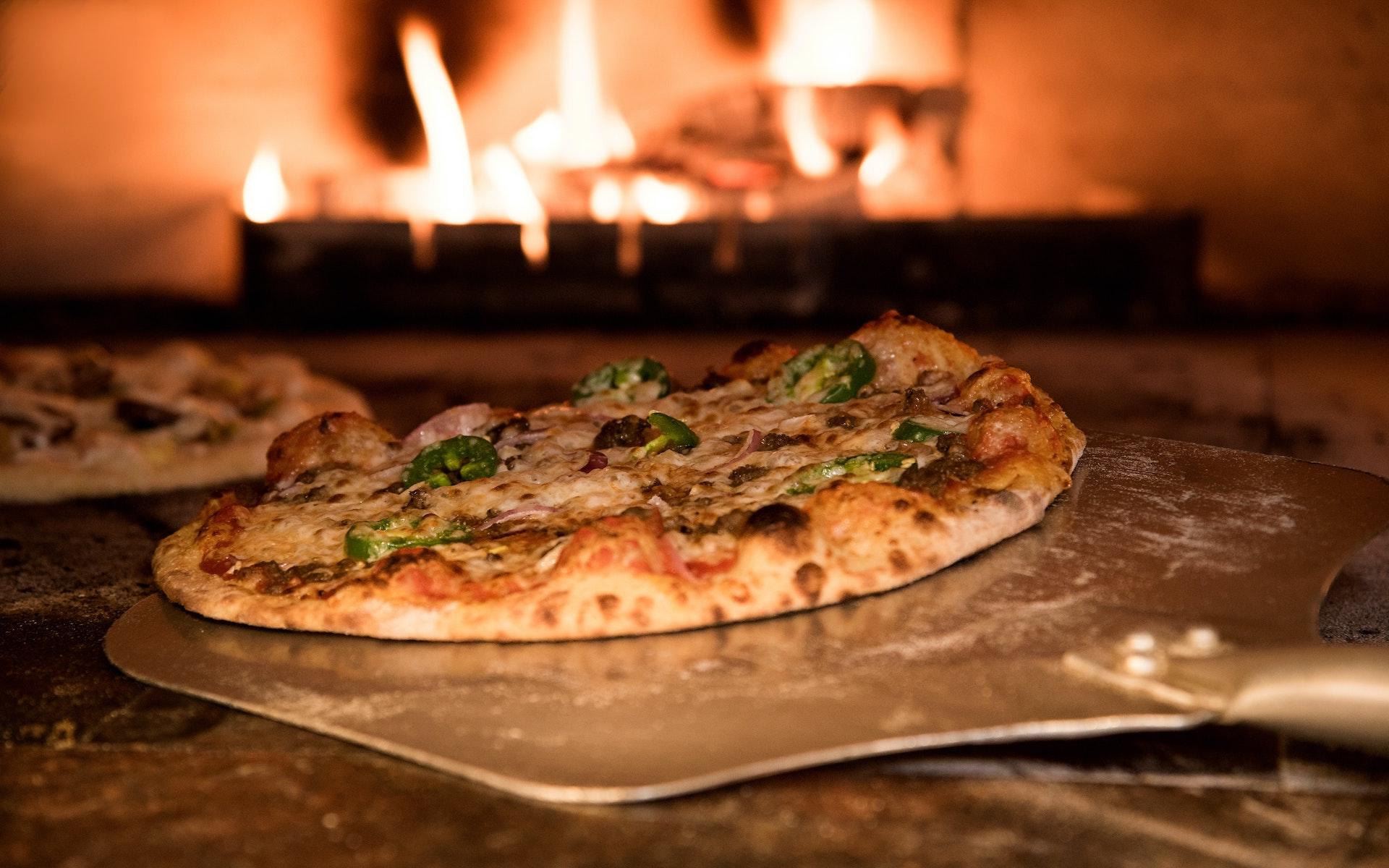 Siete restaurantes icónicos para comer pizza en el mundo