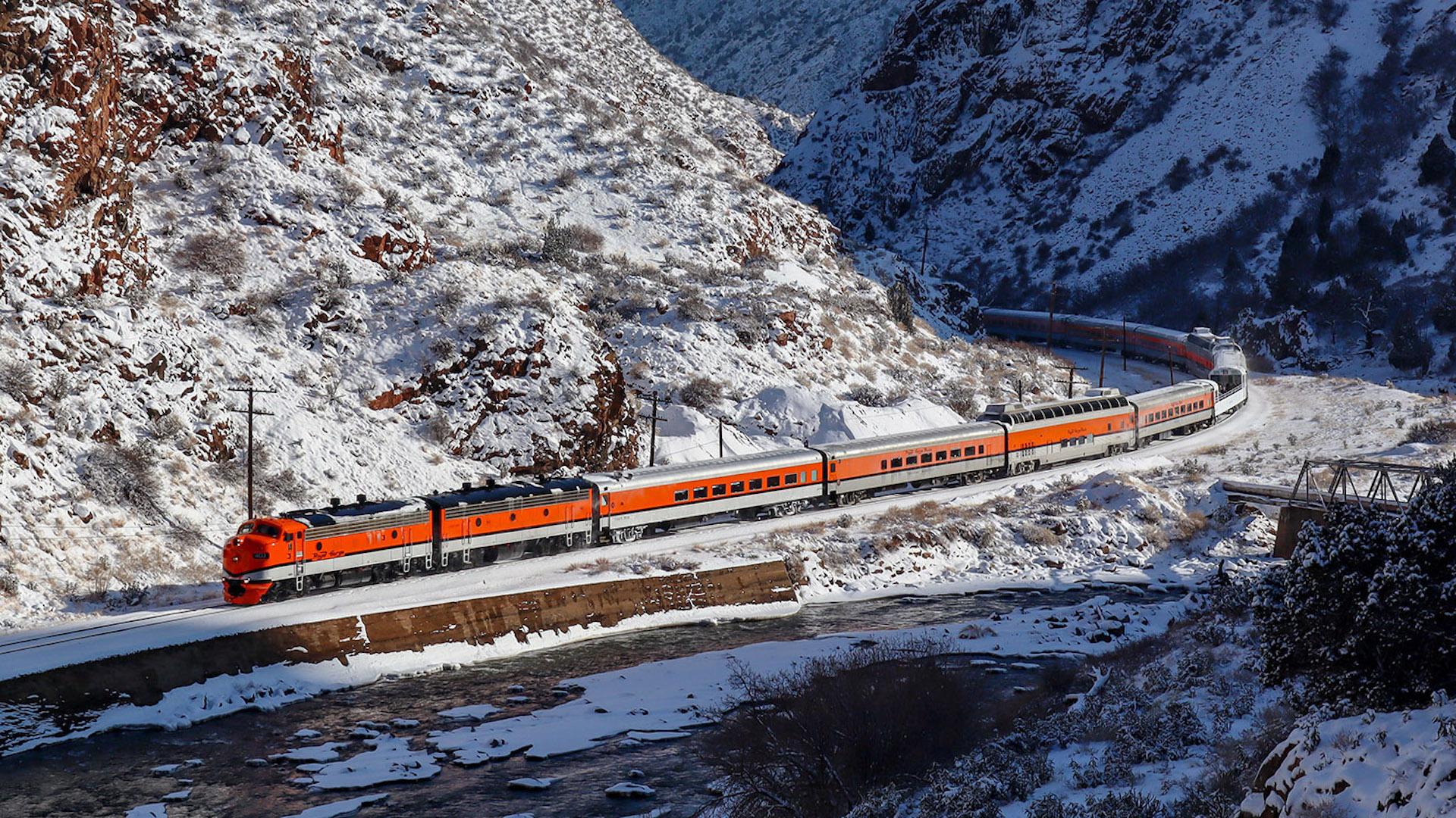 Los diez trenes que circulan a mayor altura en el mundo