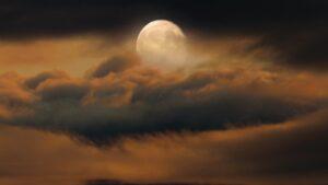 Llega la luna llena de agosto con Mercurio brillando en el cielo