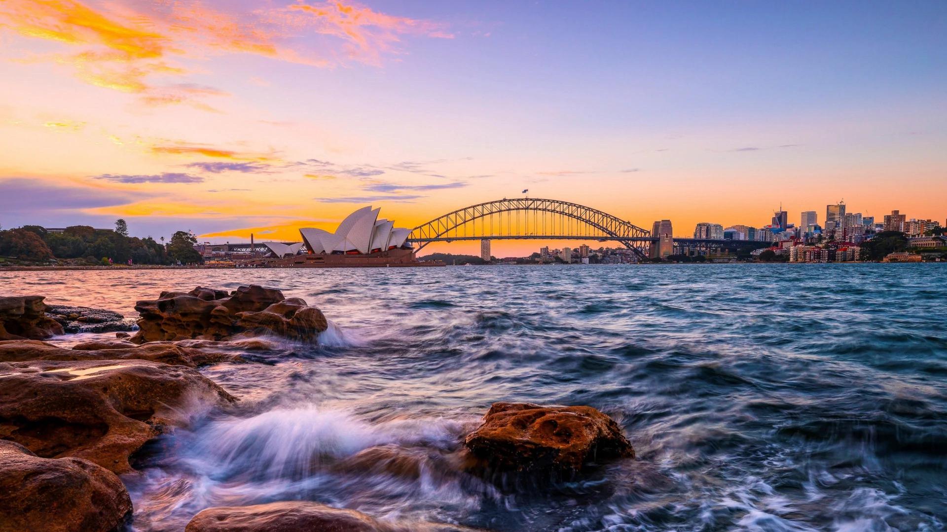 Se puede viajar desde o hacia Australia: casi imposible