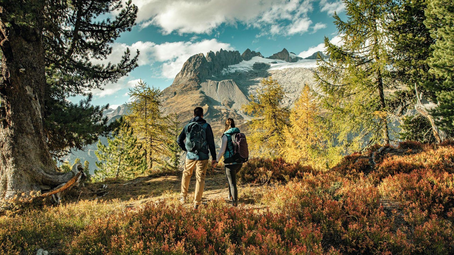 Las mejores propuestas para hacer senderismo en Suiza en otoño