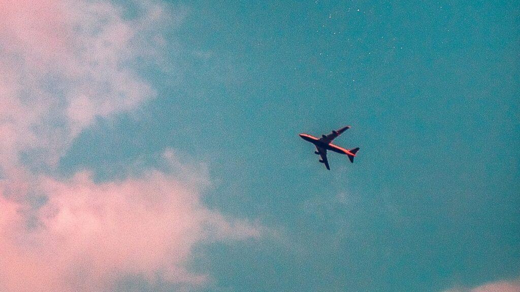 Sin vuelos de Aerolíneas Argentinas a Nueva York y Roma