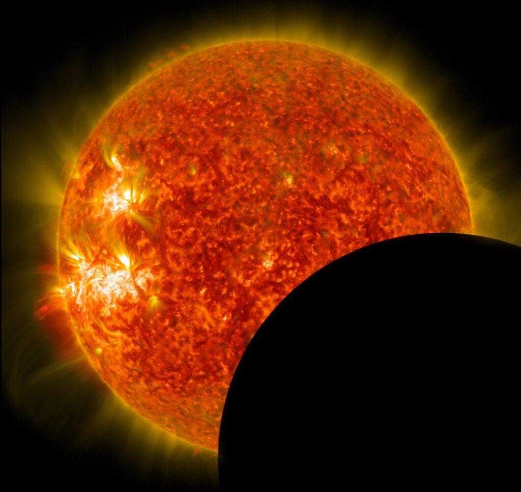 Cómo ver el eclipse solar del 14 de diciembre online por internet