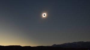 Eclipse total de Sol 2020: dónde, cuándo y transmisión en vivo online