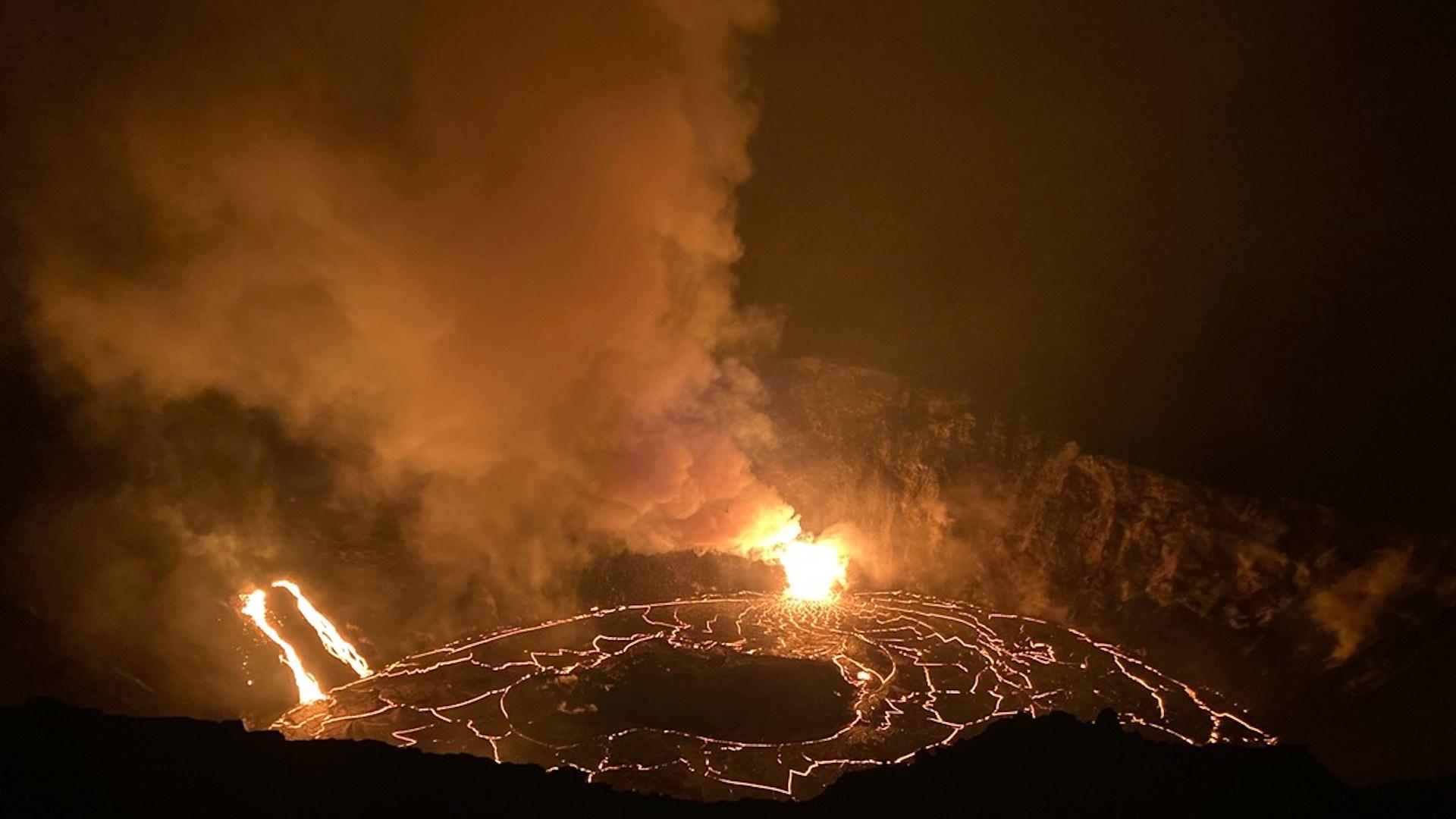 Cómo ver el volcán Kilauea haciendo erupción en Hawái