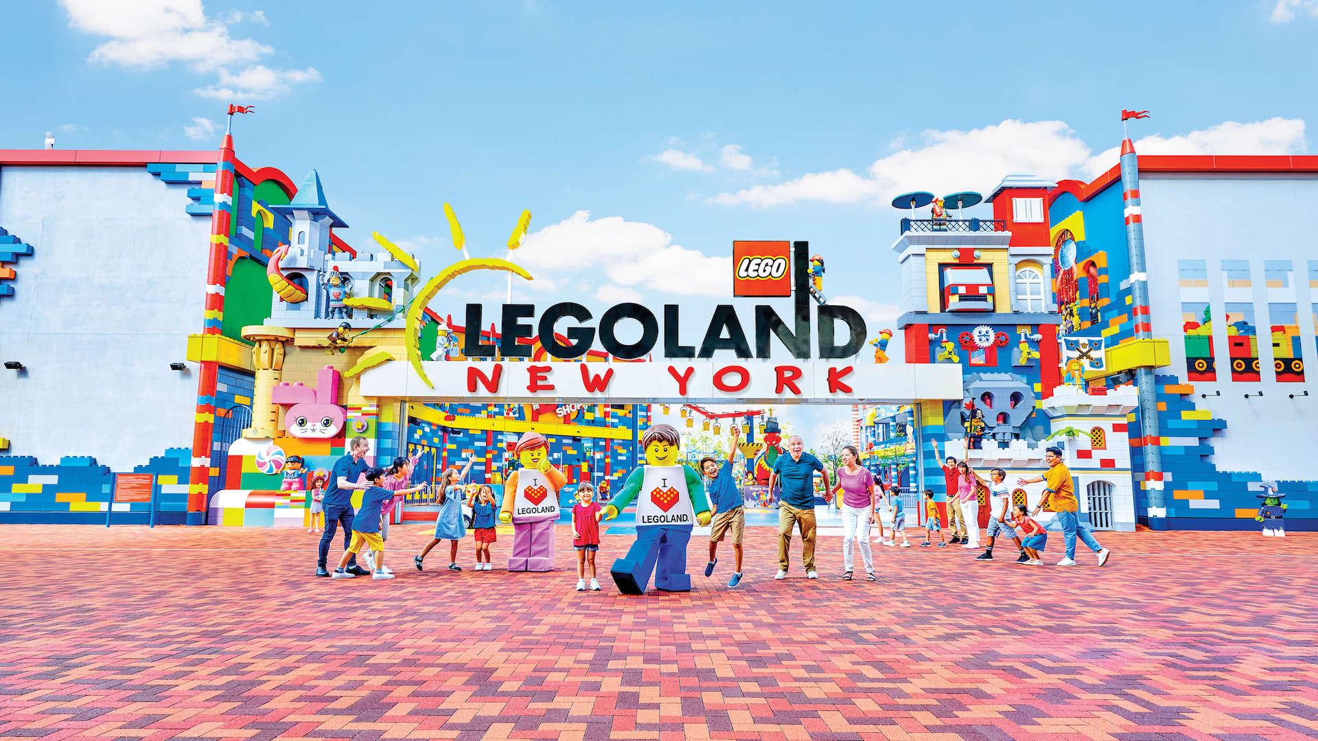 En 2021 abre el parque temático LEGOLAND New York