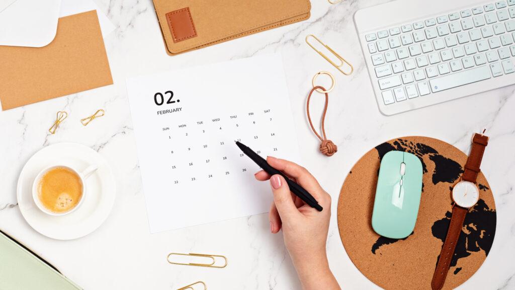 ¿Por qué el mes de febrero es el único que tiene 28 días?