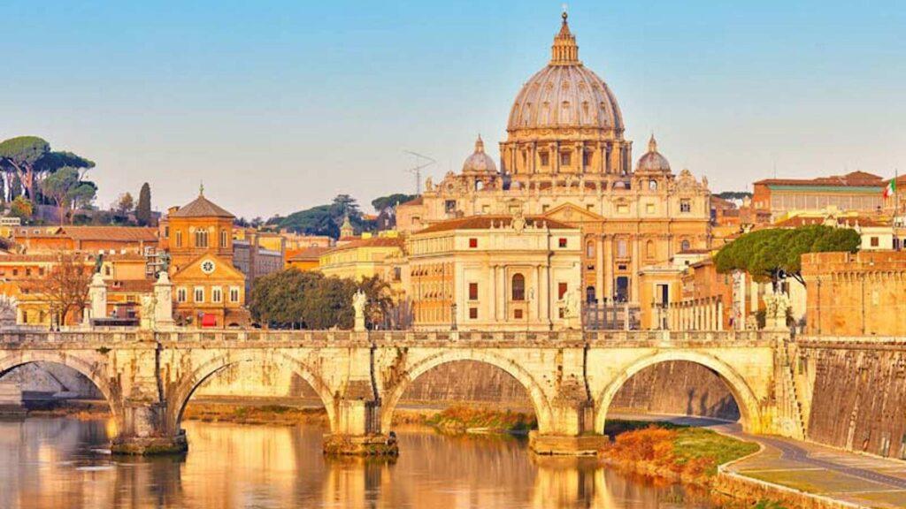 Ya se pueden visitar los Museos Vaticanos en Italia