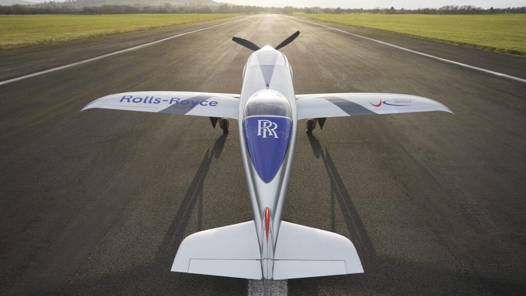 Así es el increíble avión totalmente eléctrico de Rolls-Royce: a volar