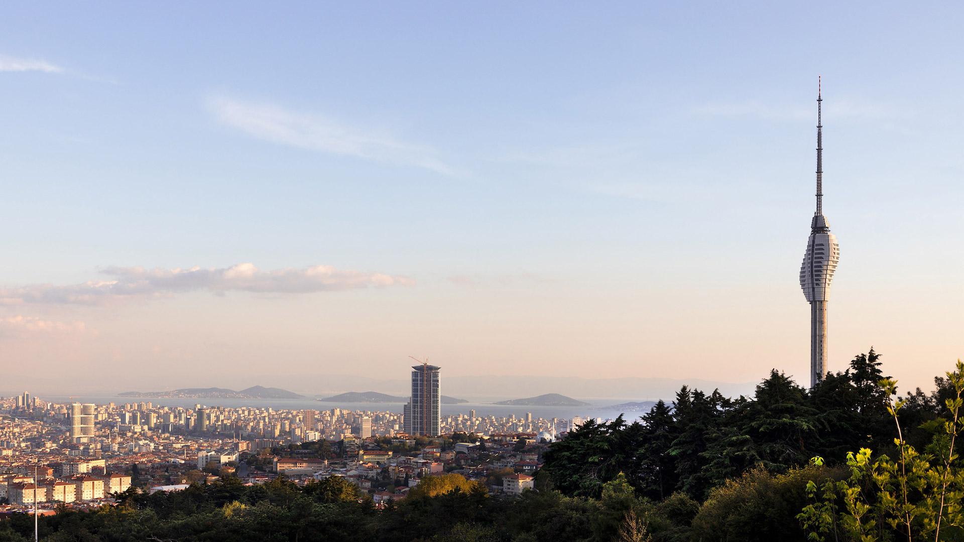 Inaugura la torre de radio en Estambul con vistas panorámicas a Europa y  Asia — Conocedores.com