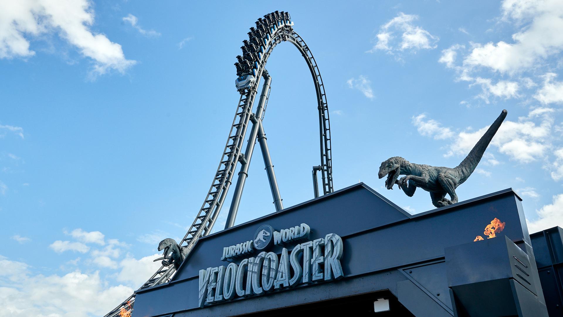 Inaugura la montaña rusa más alta de Florida: Jurassic World VelociCoaster