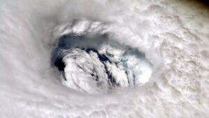 ¿Cuál es la diferencia entre un ciclón tropical y un ciclón extra tropical?
