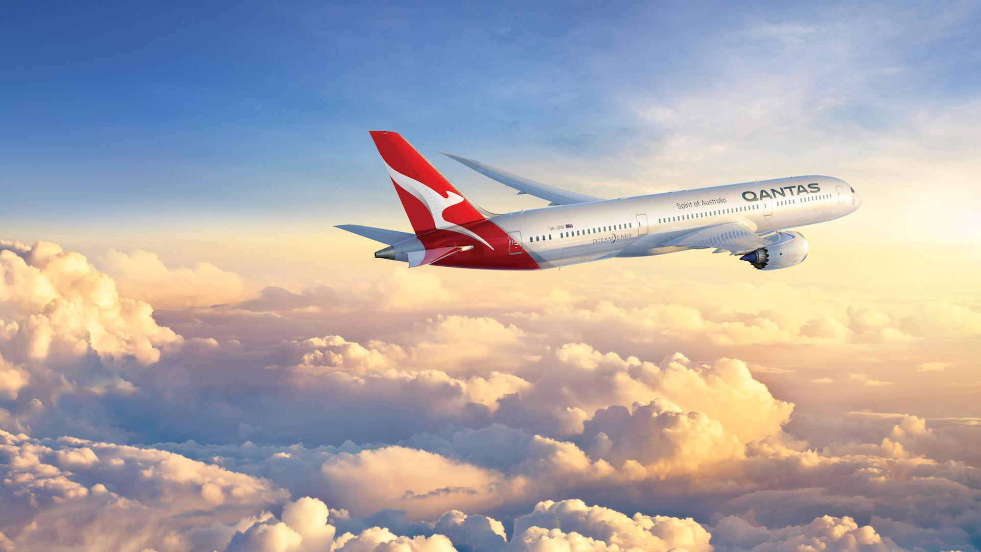 Qantas vende vuelo para ver la Superluna de mayo y el eclipse lunar