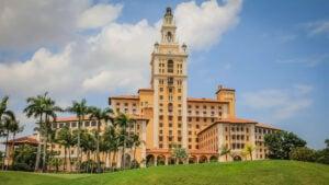 REVIEW Hotel The Biltmore Coral Gables: historia y placeres combinados