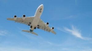 Los precios de los pasajes para viajar a Miami en junio por las nubes