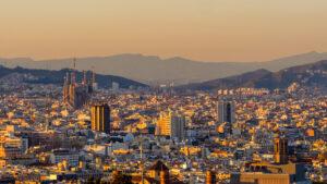 Cambios en los requisitos para menores con viajes a España