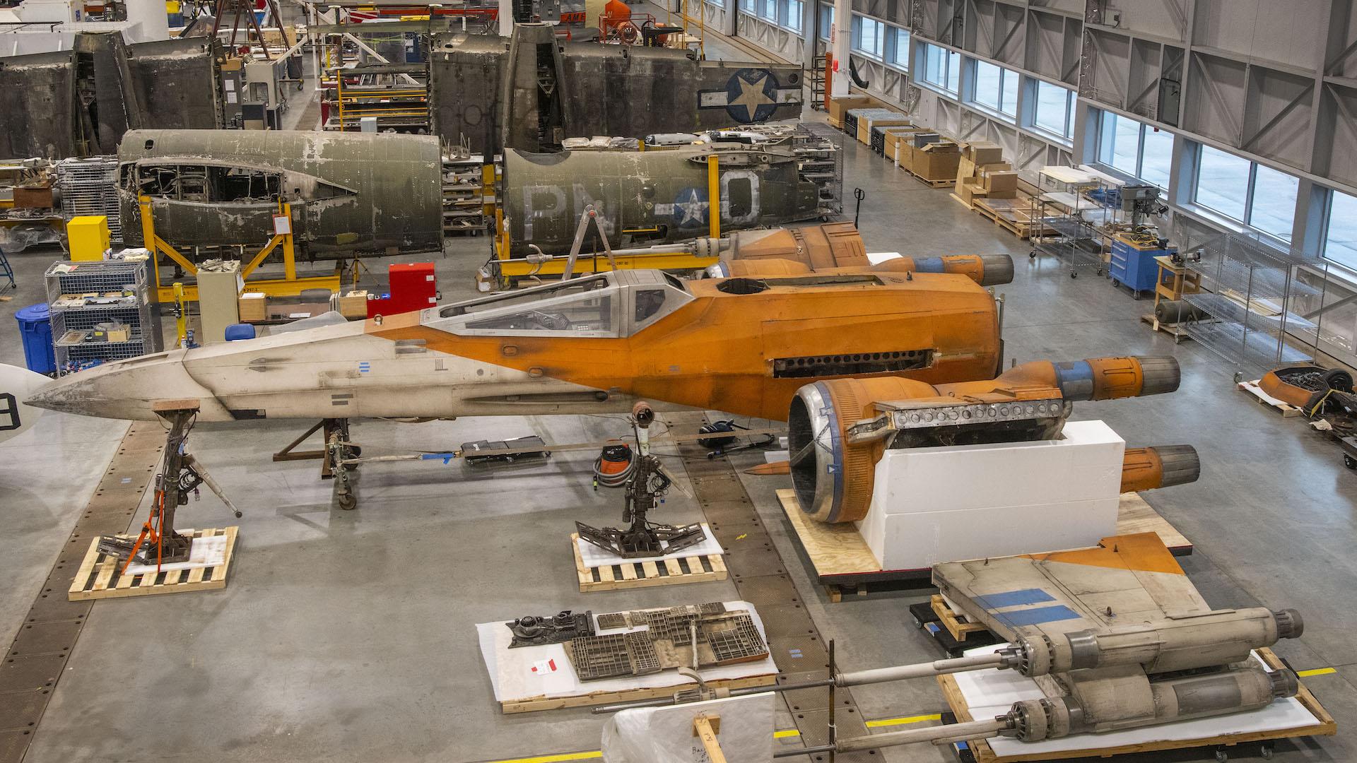 Star Wars llega al museo Smithsonian con una nave X-Wing