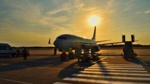 Qué pasa con los vuelos de julio: cancelaciones y cuarentenas en hoteles