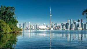 Canadá vuelve a abrir sus fronteras para turistas pero sólo a vacunados