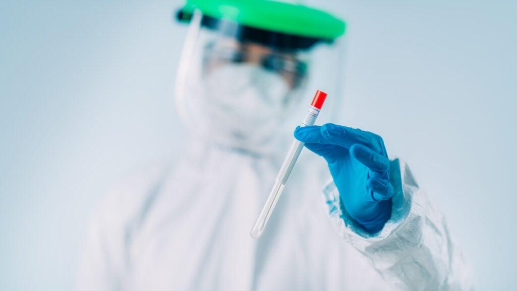 Volver a Argentina del exterior suma un nuevo PCR para los bonaerenses
