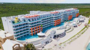Lo nuevo para viajar a México: abrió el hotel Nickelodeon en Riviera Maya