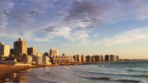 Uruguay con fronteras abiertas a turistas en septiembre, con requisitos