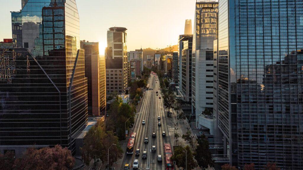 Desde octubre se podrá viajar a Chile pero con vacunas y cuarentenas