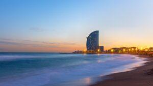 Requisitos que cumplir para viajar a España: vacunas y test negativo