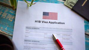 Cuándo inscribirse a la Lotería de Visas 2023: arranca en octubre 2021